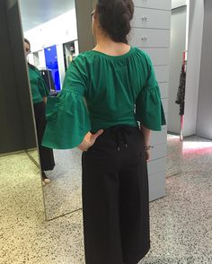 "Donne Vincenti su Instagram: ""Oggi aperto! #open #donnevincenti #goodsunday #shopping #today #fashion #mm6maisonmargiela #redvalentino #look"""