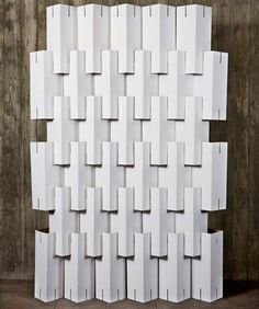 Casa Feita em Casa: Móveis de Papelão / Hard Paper Furniture cutting slits on the cardboard to put together, good idea instead of glue or tape