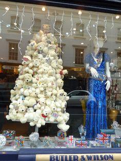 Butler and Wilson Fulham Road #Christmas, #retail, #bestwindowdisplay