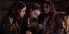 Lucy Hale, Troian Bellisario, Shay Mitchell, & Ashley Benson