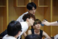Baekhyun, Sehun, Chen - 150602 SMTown NOW update Credit: SMTown NOW.