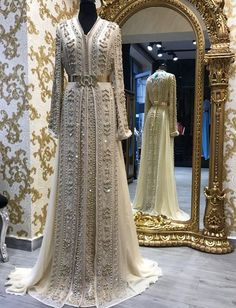 ~ Living a Beautiful Life ~ Romeo haute couture Morrocan Fashion, Morrocan Dress, Moroccan Bride, Kaftan Moroccan, Asian Wedding Dress, Wedding Dresses For Girls, Bridal Dresses, Girls Dresses, Abaya Fashion
