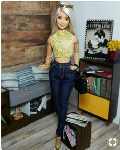 Barbie Model, Barbie And Ken, Barbie Camper, Barbie World, Barbie Life, Barbies Pics, Diy Barbie Furniture, Barbie Diorama, Doll Clothes Barbie