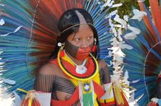 Tribal Women, Tribal People, Zulu Women, Amazon Girl, Amazon Tribe, Cultural Dance, Little Girl Leggings, Native Girls, Xingu