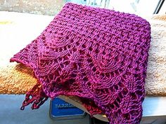 Free Pattern: Rough Sea Shawl