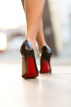 Dedicated to the man that is Christian Louboutin. This is a Louboutin Appreciation Page. Sexy High Heels, Beautiful High Heels, Black Stilettos, High Heel Boots, Heeled Boots, Talons Sexy, Red Bottom Heels, Wendy's Lookbook, Mode Glamour