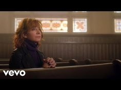 "Reba McEntire Inspires With New Hit Single ""Back to God"""