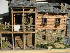 se realizan miniaturas por encargo.  quieres tu casa en miniatura?  consultanos: