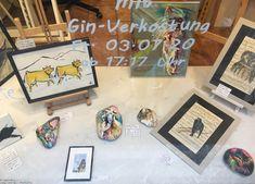 Sarah J. Loecker  : Natura et Animal- Vernissage at uptown Art Vintage Sheet Music, Vintage Sheets, Bird Paintings, Animal Paintings, Gin, Bar Set Up, Two Birds, Sarah J, Large Animals