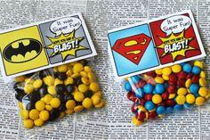 mesa de dulces super heroes - Buscar con Google