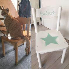 Voor en na - kleuterklas stoeltje geverfd voor de 'hulpjes' in de klas