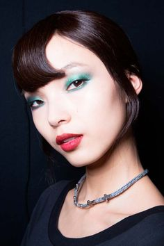 Holiday Makeup Ideas for Every Type of Party