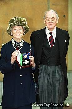 The Duchess of Devonshire (Dame Deborah Cavendish)  and 11th Duke of Devonshire (Andrew Robert Buxton Cavendish)  Pictured outside Buckingham Palace, after the Duchess of Devonshire was made Dame Commander of the Royal Victorian Order.  Universal Pictorial Press Photo, 1999