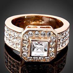 Wei Hua Elegant Korean Fashion Crystal Diamonade Ring
