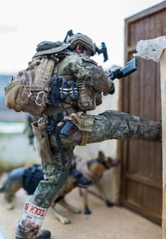 Modern War (1990s to Present) Diorama --- Navy Seal in action !!! - OSW: One Sixth Warrior Forum