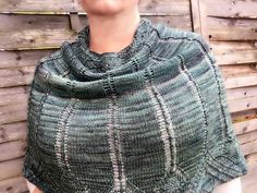 Birchgrove Cowl by Erin Kurup, knitted by AnnicaE | malabrigo Sock in Azules