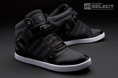 Shop our mens trainers range, including collections from top sportswear brands such as adidas, Nike, Asics & more. Sneakers Mode, Casual Sneakers, Mens Fashion Shoes, Sneakers Fashion, Fashion Outfits, Addias Shoes, Shoes Style, Style Masculin, Adidas Shoes Outlet