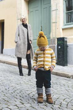 I can just see Ollie in this! Knitting for (boys) KIDS - Charlott Pettersen Knitting Patterns Boys, Knitting For Kids, Baby Knitting, Baby Boy Outfits, Kids Outfits, Look Fashion, Kids Fashion, How To Purl Knit, Boys Sweaters