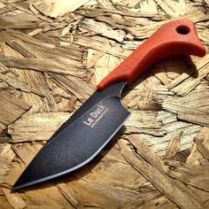 The Outdoor Edge Le Duck Fixed Blade Knife! Sure it is small, but boy has it got a big personality. It's a really compact utility knife with an 8Cr14 coated stainless steel blade with a ducks head...
