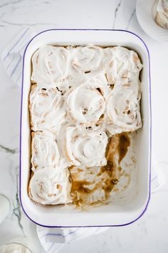 The Best Cinnamon Rolls Ever - Jillian Harris - - Hey everyone! It's Bailey here from Basics with Bails and I'm back with another delicious recipe for you . The Best Cinnamon Rolls EVER! Healthy Cinnamon Rolls, Best Cinnamon Rolls, Jillian Harris, Cinnabon, Vegan Cream Cheese, Cream Cheese Icing, Cinnamon Roll Glaze, Vegan Frosting, Vegan Christmas