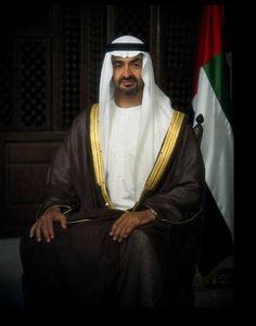 Sheikh Mohammed Bin Zayed Al Nahyan Arnold Schwarzenegger Workout, Sheikh Mohammed, Arab Men, Grey Wallpaper, Arabic Love Quotes, Great Leaders, Dubai Uae, United Arab Emirates, Good Looking Men