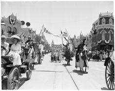 Disneyland Opening Day - MiceChat