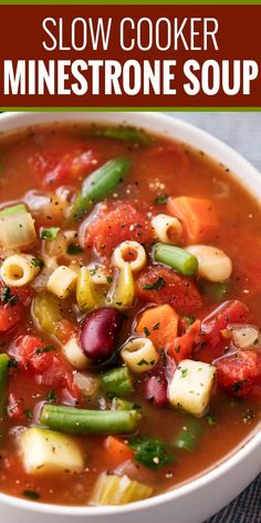 Slow Cooker Minestrone Soup Slow Cooker Minestrone Soup Looks cool!)Slow Cooker Minestrone Soup Looks cool! Crock Pot Soup, Crock Pot Slow Cooker, Crock Pot Cooking, Crockpot Vegetable Soup, Slow Cooker Soup Vegetarian, Italian Vegetable Soup, Garden Vegetable Soup, Bean And Vegetable Soup, Minestrone Soup Slow Cooker