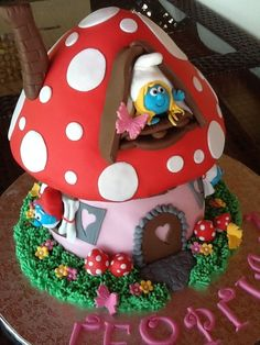 Could use giant cupcake pan for this. Big Cupcake, Giant Cupcake Cakes, Cupcake Cookies, Crazy Cakes, Toadstool Cake, House Cake, Character Cakes, New Cake, Novelty Cakes