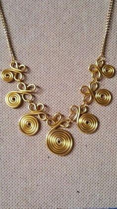 Aprenda a fazer bijuterias no estilo peruano com a ajuda desses modelos de passo a passo de entremeios peruanos.