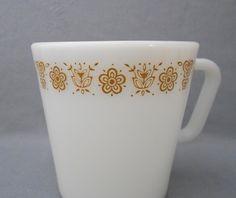 1970s Vintage Pyrex Erfly Gold Milk Gl Coffee Mugs