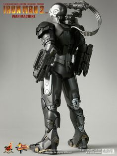 Awesome IRON MAN 2 WAR MACHINE Collectable Figure from Hot Toys — GeekTyrant