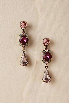 Wedding Jewelry Leanna Drop Earrings from - Deep pink crystals top a clear teardrop. By Sorrelli Online exclusive Style Blue Drop Earrings, Bar Stud Earrings, Chandelier Earrings, Bridal Earrings, Vintage Earrings, Bridal Accessories, Jewelry Accessories, Jewelry Design, Bridesmaid Jewelry