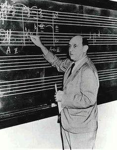 Arnold Schoenberg - Harmonielehre
