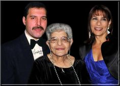 Freddie  Mercury with his mother Jer Bulsara and his sister Kashmira Cooke. So beautiful.