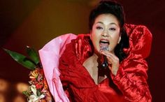 China's new first lady Peng Liyuan an instant internet hit | South ...