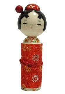 Kokeshi moderne Hnagoromo by Lili aime, via Flickr