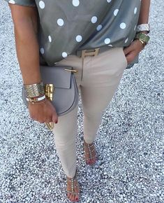 Love the tones in this outfit Paris Chic, Mode Outfits, Chic Outfits, Summer Outfits, Fashion Outfits, Womens Fashion, Curvy Women Outfits, Clothes For Women, Casual Chic