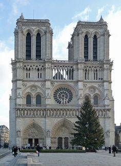 Notre Dame, Paris      초기고딕- 최초의 유의미한 플라잉버트레스