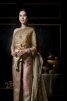 แต่งงาน,งานแต่งงาน ชุดไทยแต่งงาน เตรียมงานแต่งงาน งานแต่งงานดารา 2Bbride.com