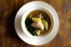 Tinola is a ginger-based stew with meat, either chicken, pork, fish, or frog (for the adventurous!).  Also, the dish isn't complete without chili pepper leaves and green papaya.  Delicious Filipino Food You Should Try Before You Die • Page 2 of 10 • BoredBug
