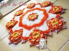 Artes da Desi: Tapete Flor Noemia de crochê