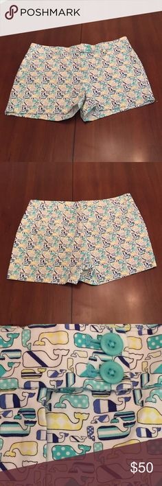 Vineyard Vine NWT size 12 Kentucky Derby Simply precious preppy print VV Kentucky Derby ladies 🚺 12 shorts.  Two side pockets. No back pockets. Laundered Unworn. Vineyard Vines Shorts