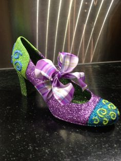 a nice way to use ribbons - 2013 muses shoe