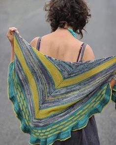 Hey lovelies my #flounceshawl discount ends soon. Theres a quick link in my bio. . #knittersofinstagram #knitting_inspiration #knitters #knittinglove #instaknits #igknitters #loveknitting #knittersoftheworld #ravelry #knittingaddict #knitstagram #yarnlove #knittinginspiration #knitting #loveknitting #trulymyrtle #trulymyrtledesigns