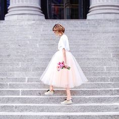 tulle skirt & sneakers, NYFW, flower friday, petite blogger, feminine fashion, Space 46 tulle