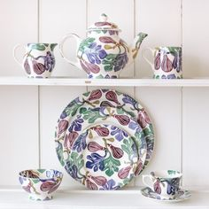 Absolutely fig-ulous, @EmmaBridgewater's NEW collection launches TODAY in-store & online! http://fal.cn/BvOL