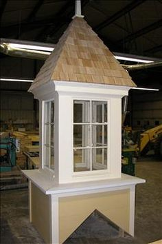 Free cupola construction plans woodworking projects plans for Pictures of houses with cupolas