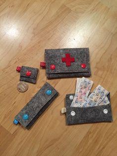 Kleine Filztäschchen Coin Purse, Wallet, Purses, Felting, Taschen, Handbags, Purses And Handbags, Coin Purses, Purse