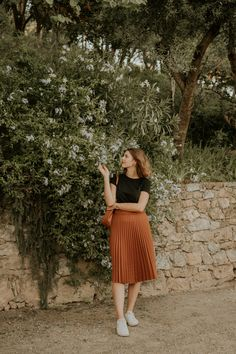 Bareclona, Spain • Travel Guide — Chez Núñez Sunday Outfits, Mode Outfits, Summer Outfits, Fashion Outfits, Sunday Dress, Skirt Outfits Modest, Modest Dresses, Pretty Dresses, Cute Church Outfits