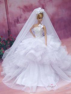 for silkstone Barbie Barbie Clothes Patterns, Doll Clothes Barbie, Vintage Barbie Dolls, Barbie Bridal, Barbie Wedding Dress, Barbie Fashion Sketches, Fashion Dolls, Barbie Hair, Barbie Dress